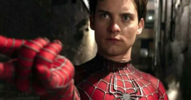 Tobey Maguire as Spider Man 1200x900 1 Vision Art NEWS